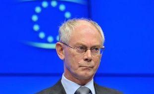 """""""Nous devons tous travailler de concert afin de permettre à la zone euro de survivre. Car si la zone euro ne survit pas, l'Union européenne ne survivra pas non plus"""", n'a pas hésité à dire mardi le président de l'UE Herman Van Rompuy, sans faire toutefois directement référence à la situation actuelle."""