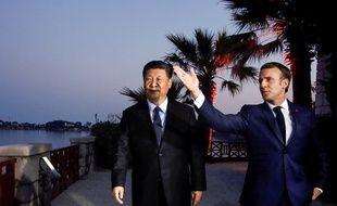 Emmanuel Macron et le président chinois Xi Jinping à Beaulieu-sur-Mer (Alpes-Maritimes), le 24 mars 2019.