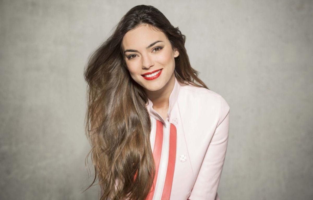 Alma, candidate de la France à l'Eurovision 2017. –  Renaud Corlou