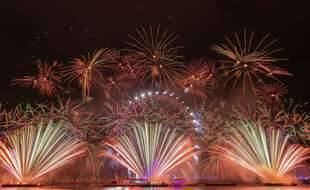 Traditionnellement, Londres organise un feu d'artifice au bord de la Tamise pour célébrer la nouvelle année, comme ici le 1er janvier 2019.