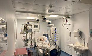Le service réanimation du CHU de Bordeaux, accueille encore début octobre une dizaine de patients atteints d'une forme grave du Covid-19