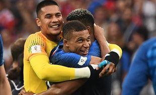Le trio parisien champion du monde