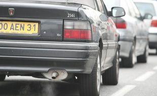 Du fait d'un indice de pollution élevé, les Franciliens sont invités à utiliser d'autres moyens de transport en commun que la voiture (Illustration).