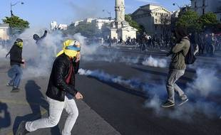 Des heurts entre casseurs et policiers ont eu lieu lors du défilé du 1er mai 2016, à Paris (illustration).
