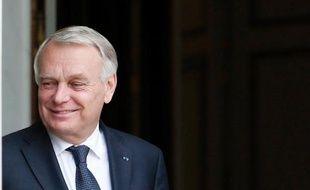 """Le Premier ministre a promis que la pause fiscale """"sera effective en 2015"""", concédant pour 2014 un """"ralentissement"""" de la pression fiscale, dans une interview à Metronews à paraître mercredi."""