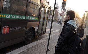 Bus illustrations. Le 03 02 2010