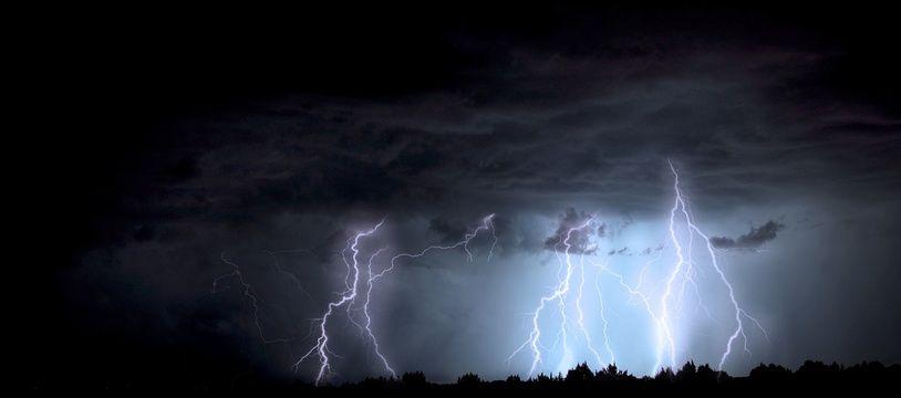 Une série d'orages est annoncé des Pyrénées aux Alpes ce 21 juillet.