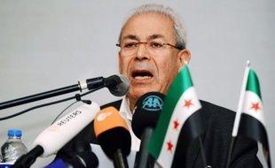 Les grandes manoeuvres ont commencé à Paris pour le renouvellement mi-février de la présidence tournante du Conseil national syrien (CNS) critiqué par les opposants de l'intérieur qui réclament plus d'aide et miné par les dissensions entre exilés.