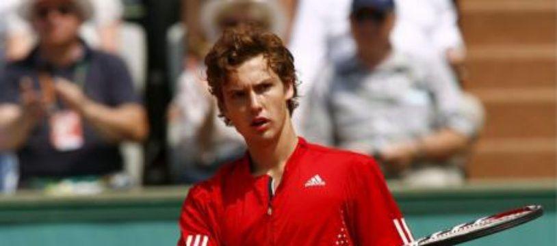 Gulbis pendant son match contre Llodra à Roland-Garros.