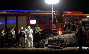 Le bilan de l'accident de l'A7 s'est alourdi après le décès d'une sixième personne. Olivier CHASSIGNOLE / AFP)