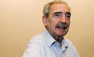 Le poète argentin Juan Gelman en 2008.