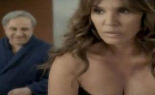 Capture d'écran d'une pub grecque pour des chips détournant l'affaire DSK, en juin 2011.