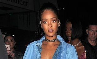 La chanteuse Rihanna de passage à Londres
