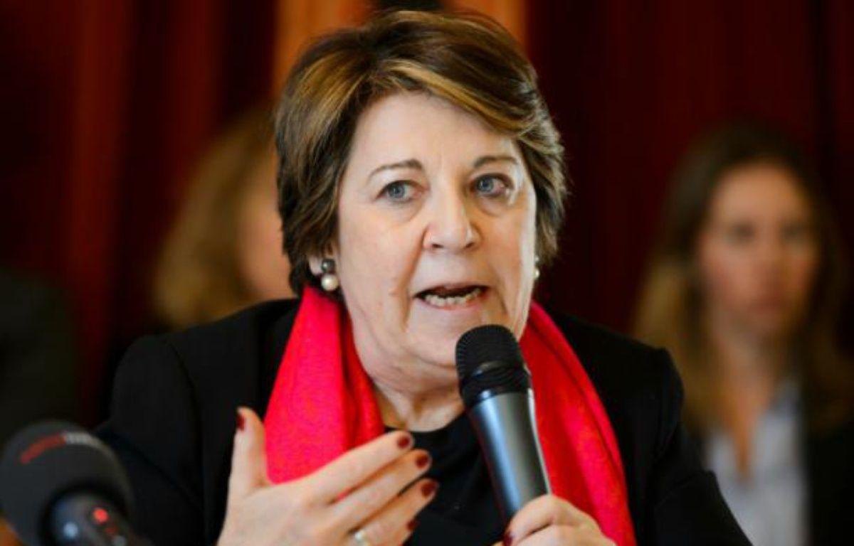L'avocate Me Corinne Lepage, ancienne ministre française de l'Environnement, lors d'une conférence de presse à Genève, le 7 mars 2016 – FABRICE COFFRINI AFP