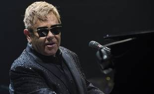 Elton John en concert au Budweiser Gardens à Londres en 2016