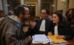 Cedric Herrou avec ses avocats le 11 mars 2020