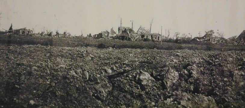 Après les combats de la Guerre14-18, il ne restait plus rien du village de Riencourt-lès-Cagnicourt.