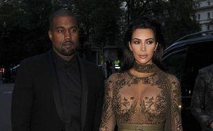 Le rappeur Kanye West et sa femme Kim Kardashian