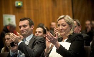 Florian Philippot et Marine Le Pen sont annoncés par certains sondages vainqueurs aux élections régionales en Alsace-Champagne-Ardenne-Lorraine et Nord-Pas-de-Calais-Picardie. (Illustration)