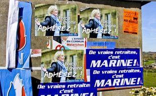 Des affiches électorales du Front national. Illustration.