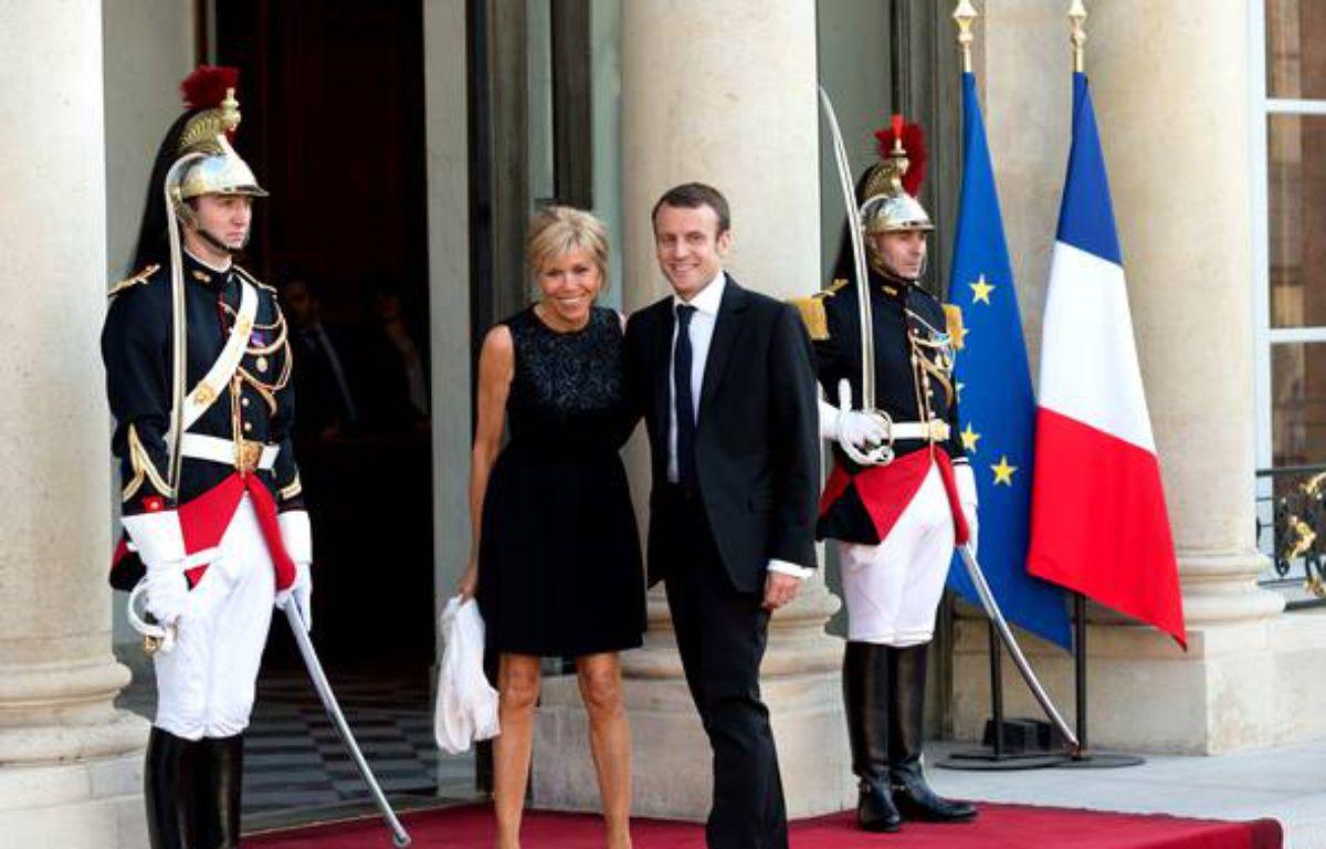 Brigitte et Emmanuel Macron, un couple présidentiel – 20 minutes - Slideshow