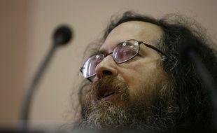 Richard Stallman a démissionné de ses fonctions de président de la Free Software Foundation le 16 septembre 20019.