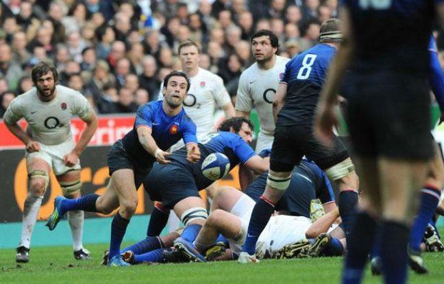 Morgan Parra défie l'Angleterre, le 11 mars 2012 à Saint-Denis