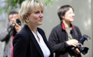 """L'ex-ministre UMP Nadine Morano a salué mercredi l'activité de Nicolas Sarkozy dans le dossier syrien, après un coup de fil de l'ancien président à un responsable de l'opposition à Bachar al-Assad, qu'elle oppose aux """"vacances"""" de son successeur à l'Elysée François Hollande."""