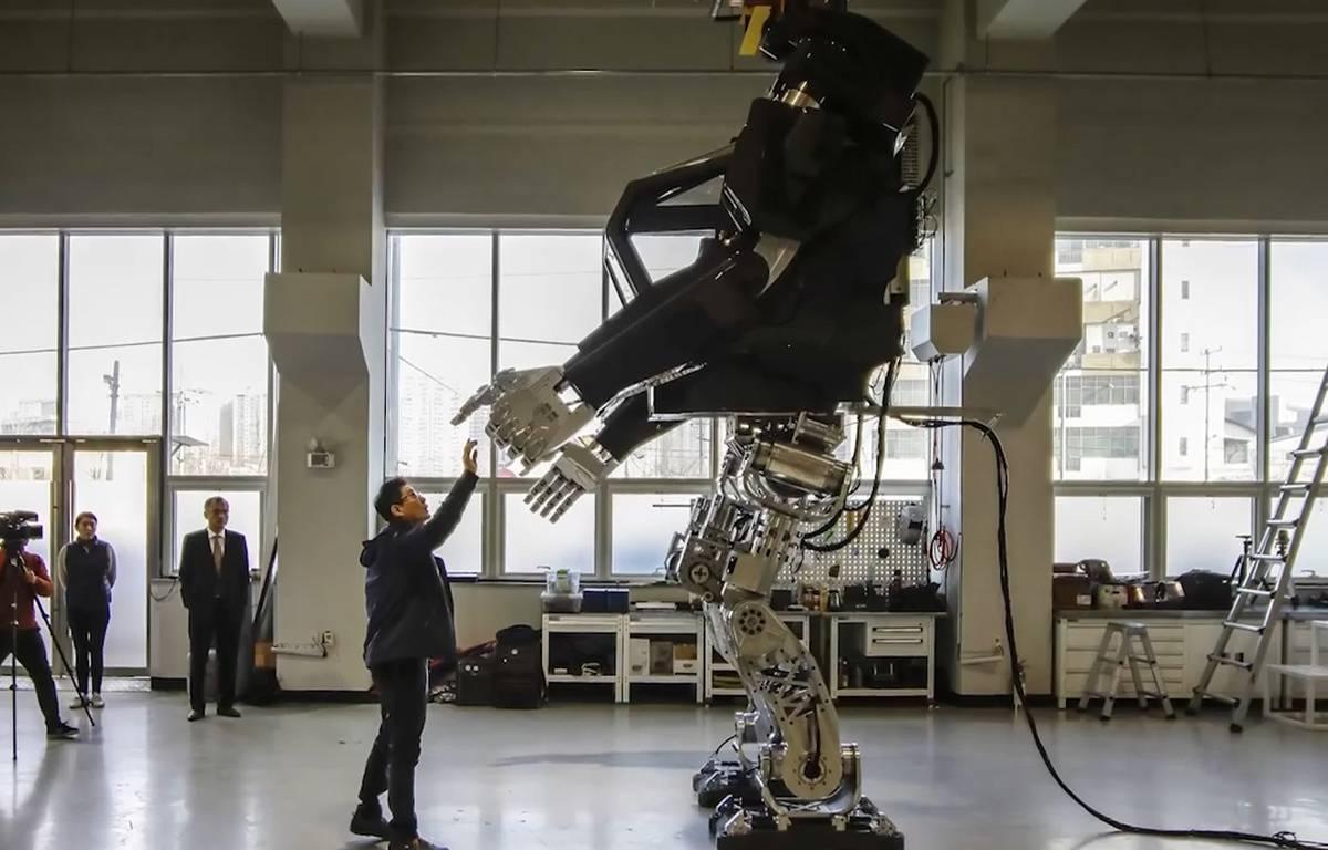 Un robot géant en Corée du sud - Le Rewind (video) – Capture d'écran