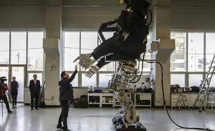Un robot géant en Corée du sud - Le Rewind (video)