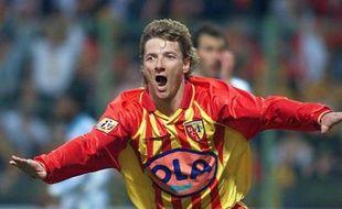 La joie Tony Vairelles lors de la victoire de Lens face à Marseille (4-0 en 1999