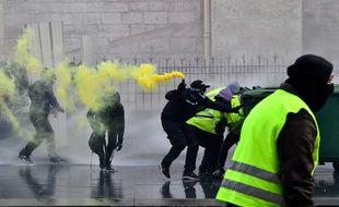Manifestation de «gilets jaunes» samedi 19 janvier 2019 à Bordeaux