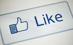 Le bouton «Like» de Facebook, le 10 mai 2012 à Washington.