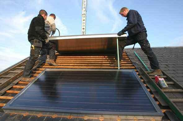 panneaux solaires quelle assurance choisir. Black Bedroom Furniture Sets. Home Design Ideas