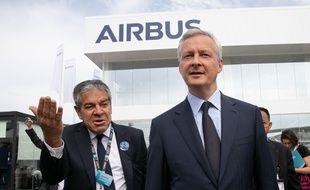 Bruno Le Maire sur le stand d'Airbus au salon du Bourget, le 18 juin 2019.