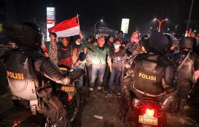 Des manifestants à Makassar en Indonésie, le 27 septembre 2019.