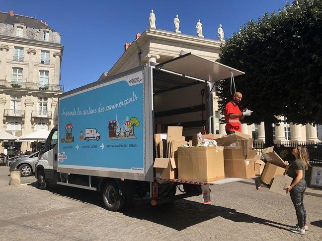Il existe désormais une vingtaine de points de collecte des cartons en centre-ville de Nantes