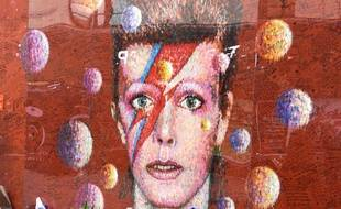 Hommage au chanteur David Bowie, dans le quartier de Brixton, à Londres.