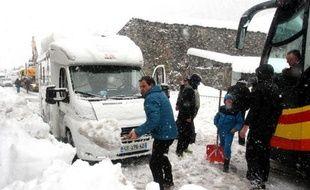 Route enneigée le 1er février 2015 à Saint-Lary-Soulan