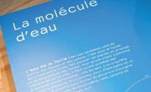L'exposition du Muséum débute avec un focus sur la molécule d'eau.