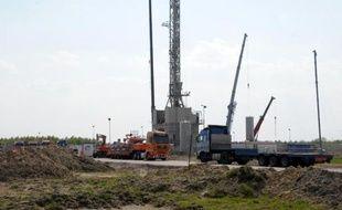 Une exploitation de gaz de schiste à proximité du village de Grzebowilk en Pologne, le 27 avril 2011