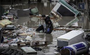 (Photo d'illustration) En raison de la crue de la Marne, des déchets dangereux ont été évacués du site de Wipelec.