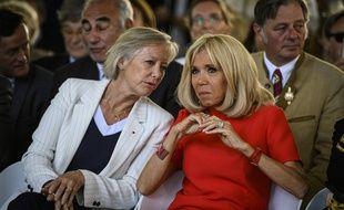 Brigitte Macron, épouse du président, et Sophie Cluzel, secrétaire d'État chargée des Personnes handicapées, le 18 juin  2019 à l'inauguration de la