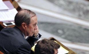 """Le ministre de l'Intérieur, Claude Guéant, a annoncé mercredi sur France info que le système de pré-plainte en ligne, expérimenté depuis deux ans, serait """"généralisé à compter du 1er septembre"""" 2012, pour mieux venir en aide aux victimes."""