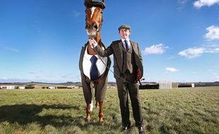Le cheval Morestead et son costume.