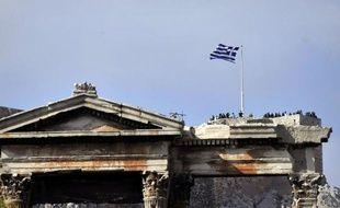 Près des deux tiers des Français désapprouvent l'augmentation de la contribution financière de la France au plan d'aide à la Grèce, selon un sondage Ifop à paraître dimanche dans Dimanche Ouest France.