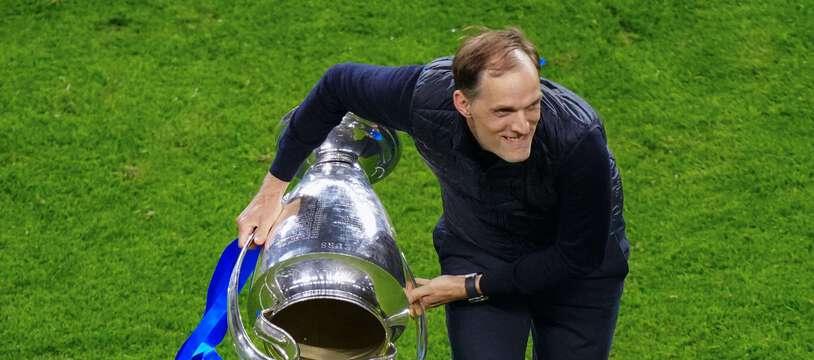 Thomas Tuchel, pas peu fier après la finale de la Ligue des champions remportée par Chelsea face à Manchester City, le 29 mai 2021 à Porto.