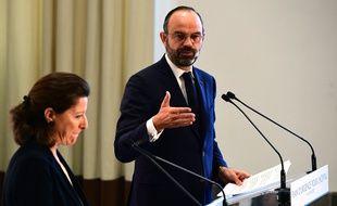 Le Premier ministre Edouard Philippe et la ministre de la Santé Agnès Buzyn lors de la conférence de presse sur les annonces pour l'hôpital public mercredi 20 novembre 2019.