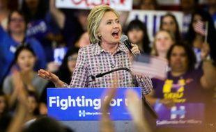 Hillary Clinton lors d'un meeting le 5 juin 2016 à Sacramento en Californie