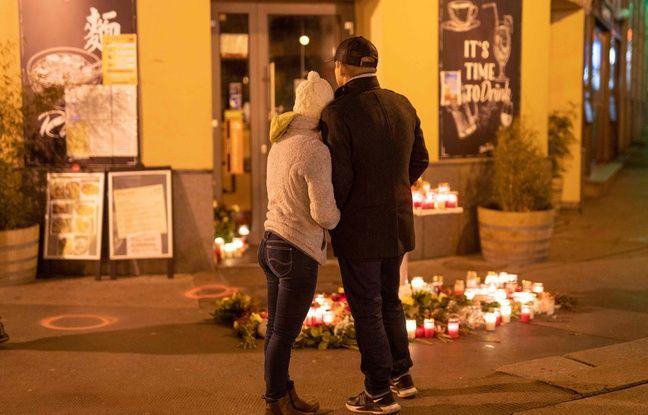 648x415 un couple rend hommage aux quatre victimes de l attentat de vienne le 4 novembre 2020 en autriche